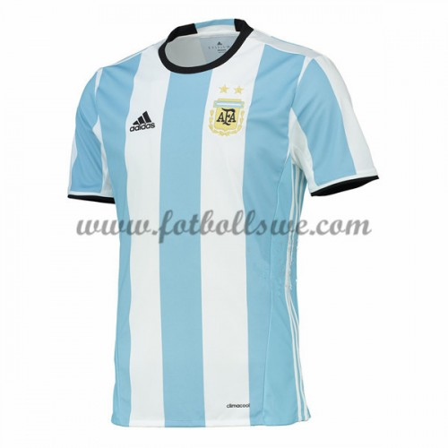 http://www.fotbollswe.com/image/cache/Argentina%202016%20Short%20Sleeve%20Home%20Football%20Kits-500x500_0.jpg